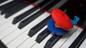 カスタネットと鍵盤
