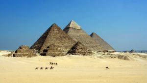 エジプトのピラミッドです