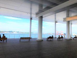 金沢港クルーズターミナル展望デッキです